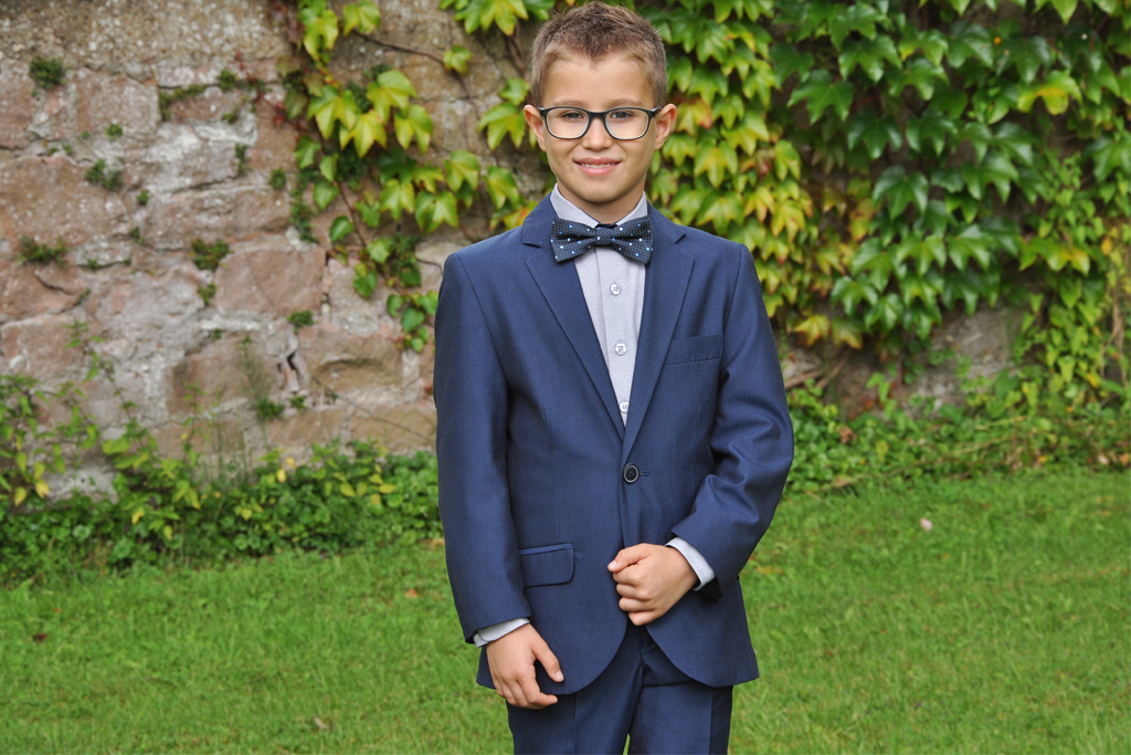 wholesale dealer d3e5a 1dc58 Mein Anzug | Kommunionsportal – Dein besonderer Ratgeber für ...